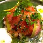 テオドーラ - 桜マスとホタテ貝のタルタル ウイキョウのサラダ仕立て