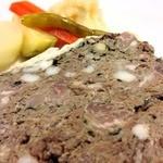 カンパーニャ風お肉の自家製パテとピクルス