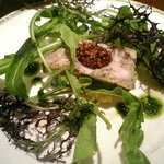 トラットリア・ゴロージィー - 前菜のお肉のテリーヌとサツマイモのサラダ