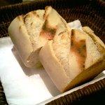 トラットリア・ゴロージィー - パン