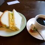 スインセリテイ - 料理写真:2014.04 サンドイッチかトーストかを選べます。