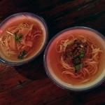 台南担仔麺大王 - 台湾わんこそば ケーシーとターミー(2杯で420円)2014年3月
