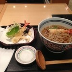 25631677 - 天ぷら蕎麦(温蕎麦)。ちょっと海老をかじってしまってからの写真です(笑)。