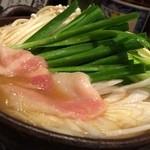 らしか - 2014.03鍋(味噌) 煮込み半ば