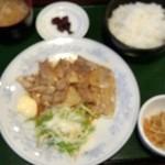 大新食堂 - 生姜焼き定食 580円