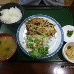 大新食堂 - 焼肉定食 550円