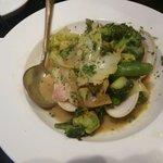 レ リーサ 笑顔 - 蛤の旬野菜、白ワインバター蒸し