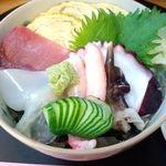 加免寿司 - 料理写真:並ちらし\1,000