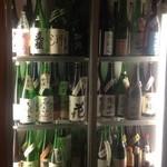 ひがし中野 しもみや - 日本酒はさすがの取り揃え