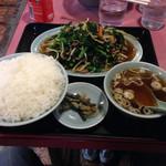 銀華飯店 - 肉ニラ炒め 小ライス