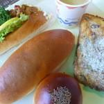 ベーカリーハウス マイ - チキン南蛮ドック、つけ食コッペ、東久留米あんぱん、ぷーさんのおやつ