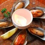 炎のムール貝の酒蒸し