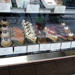 銀座近江屋洋菓子店 - ショートケーキ達。