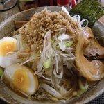 らーめん 夢道中 - 料理写真:ネギとひき肉たっぷりの夢旨らーめん