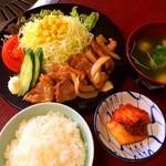 焼肉千八本店 - ランチメニュー【豚しょうが焼き定食】