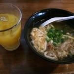 ジャムネシア 食堂 - 料理写真:おうどんも関西風でおいしい♡