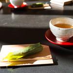 Sekiyou - さくら餅と明日葉茶でお迎え