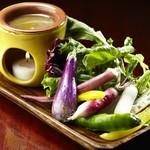 ガウディの舌 - 三浦野菜のバーニャカウダ