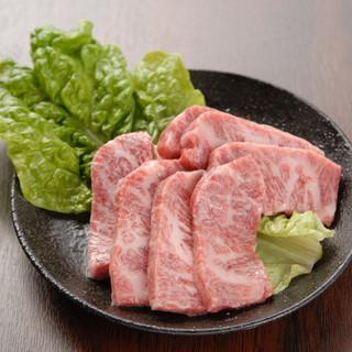 焼肉屋を4店舗やっているからこそのこだわりの美味しいお肉!!