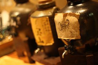 串焼き・魚 新宿宮川 - 魚・串焼き料理に合う本格焼酎を取り寄せました。