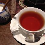 茶房きゃんどる - お気に入りの紅茶、ダージリン(600円)