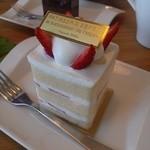 スパジオ ボタニカ - エスプリのショートケーキ