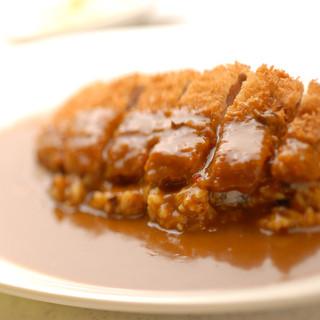 ◆20種類のスパイスを使用した味わい深い本格派カレー◆