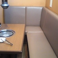 テーブル席(4名)