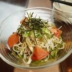 まる竹 - 蕎麦と大根のヘルシーサラダ