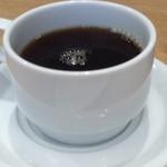 セントル ザ・ベーカリー - コーヒーたっぷりですがちょっと薄め