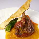 レストラン マリー - <かものロースとプロヴァンス>ソースはハーブを使用しており、香りがふわっと広がります。