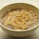 マンナ - 甘く煮たぜんざいでうどんを煮込んだ《あずきうどん》韓国のおやつ的存在です!