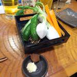 25723679 - お通しは、フレッシュ野菜のスティックサラダ。仙台味噌を添えて