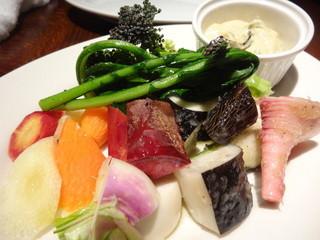 ロティスリー アルティザン - 鎌倉野菜のクリュディテ