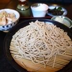 蕎麦茶屋 桜 - チャーシュー丼セット 1000円。