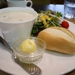 コラソンカフェ - モーニングセット Bセット 550円。