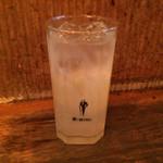 立ち飲み七助 - 「レモンサワー」250円