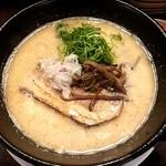 25729997 - 塩ラーメン濃、太麺とライスセット 800円