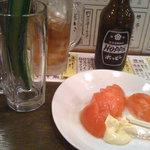 一丁目酒場 - ホッピーと冷やしトマト