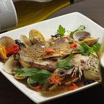 セコンドカーサ - 真鯛カブトのアクアパッツァ