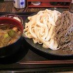 甚五郎 本店 - 鴨汁つけ合い盛り大盛り850円