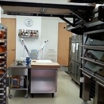 ブーランジェリー パルク - 店内奥のパン製造所(笑)