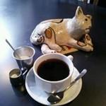 25804861 - 猫とコーヒー