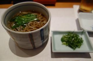 羽田 寿司幸 - 追加の蕎麦(温) 260円