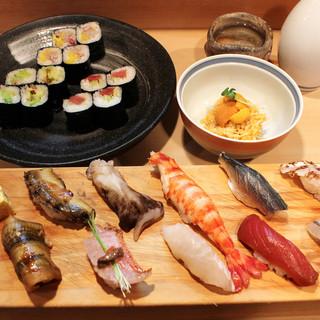 寿司を食べてもらうのが仕事。