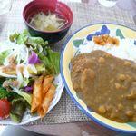 いちじく - ひよこ豆カレー・味噌汁・サラダ(¥780)