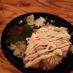 とみや - サーモン炙り丼(500円)