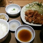やよい軒 - 唐揚げ定食720円