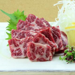熊本の郷土料理といえば馬刺し