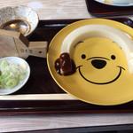 日吉屋 - 一本うどん …皿がディズニーキャラなのは気にしないで食うべし